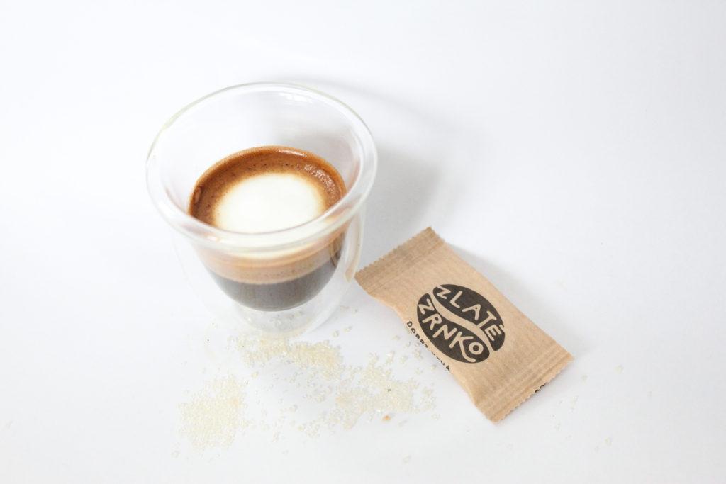 káva, mlieko,cukor
